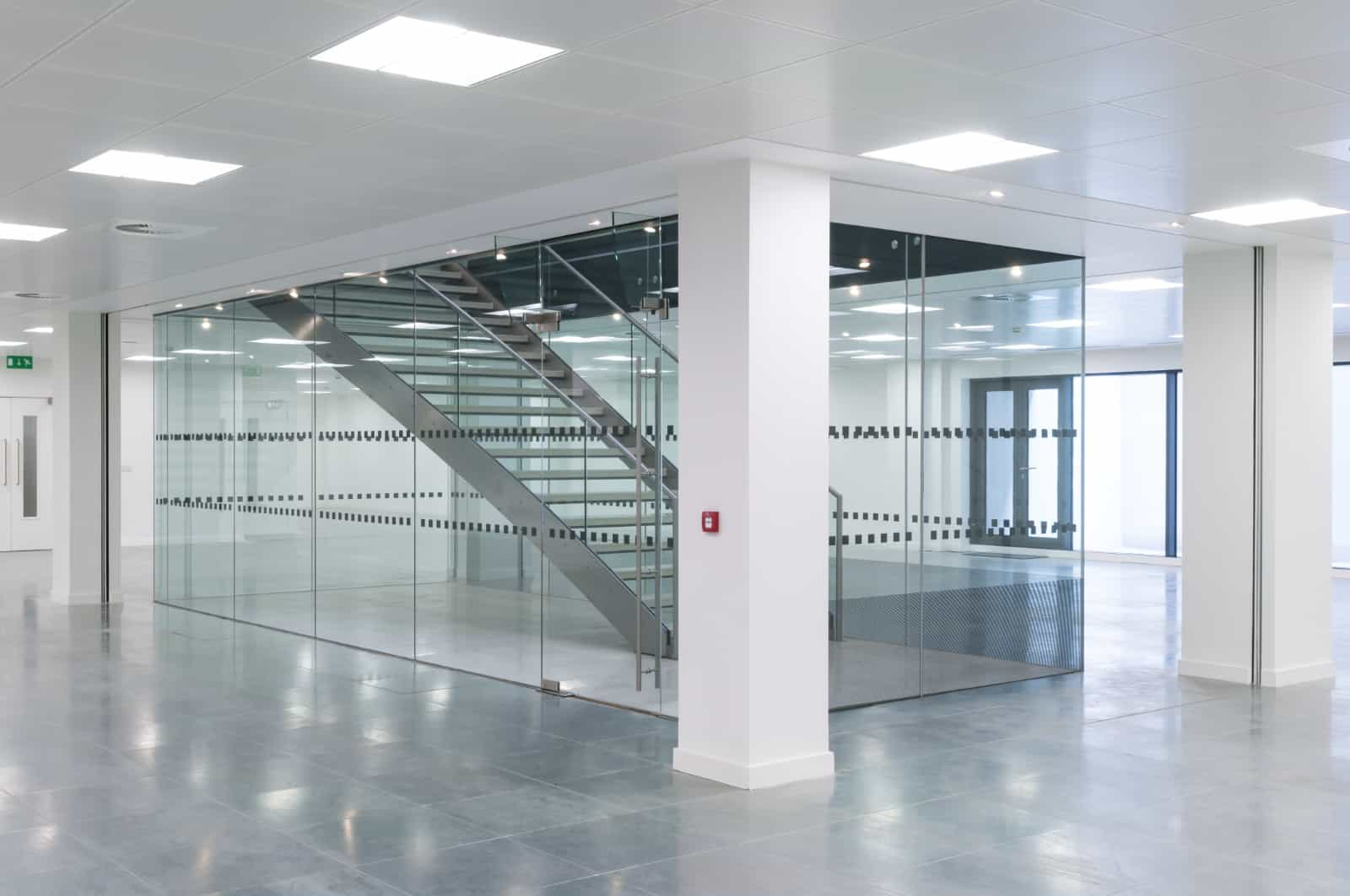 commercial property day porter janitorial services